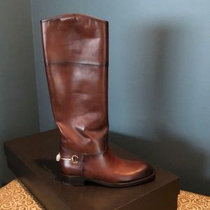 GUCCI tall riding boot.